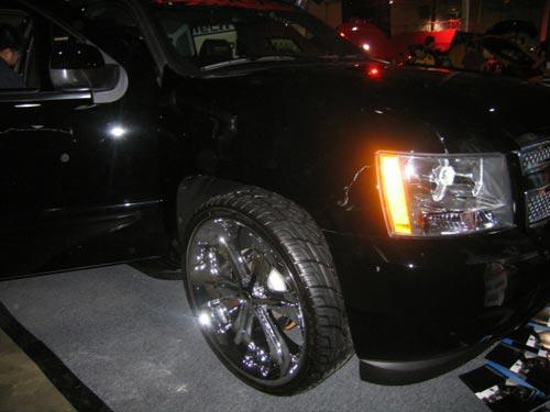 Big rims at Hot Import Nights 2007 Washington DC