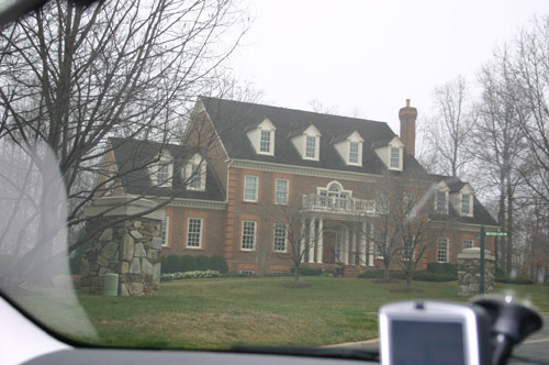 Picture of a mansion in Northern Virginia