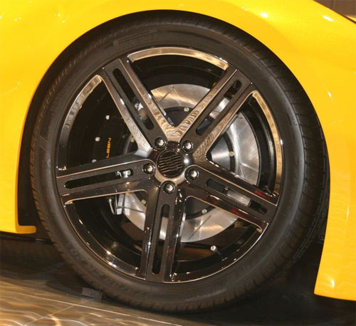 Saleen S5S Raptor wheels and brakes