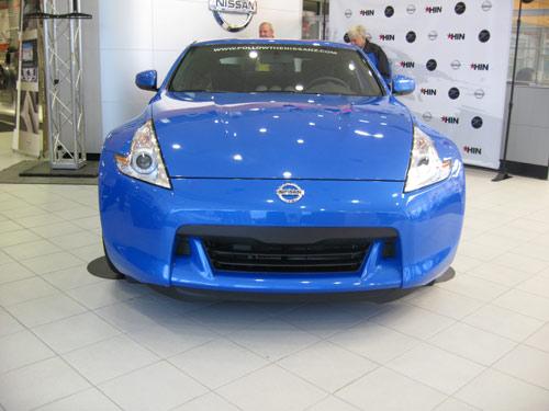 Blue Nissan 370Z
